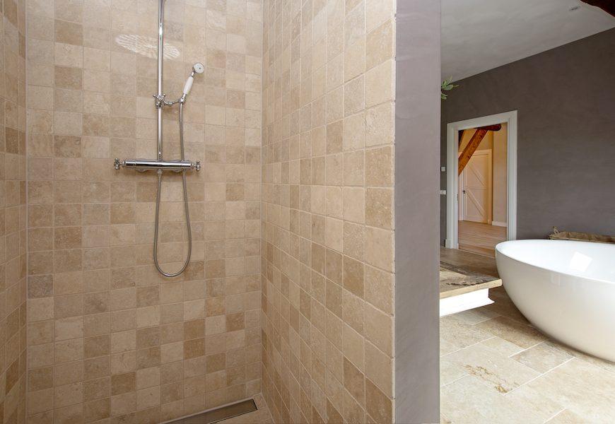 douche-renovatie-groningen-badkamer-stucwerk