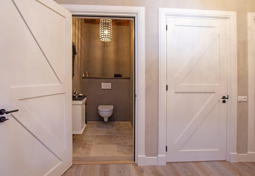 renovatie-groningen-toilet-stucwerk